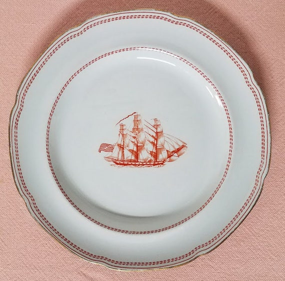 Vintage Spode Trade Winds Red with Scalloped Gold Trim Dinner