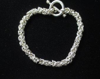 Vintage sterling silver mesh bracelet - 22 grams - 2 & 1/4 inch diameter