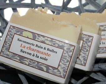 Savon à la soie La Charmante, lavande et orange, handmade soap, silk soap, lavender, orange
