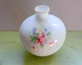 Vintage Royal Doulton Bud Vase, Gardener Gift, Floral Bone China  Vase, Summer Bouquet Pattern