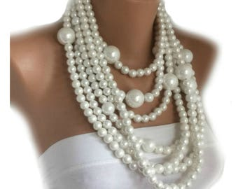 Handmade White Chunky Bold Necklace , 2018 New Design Pearls