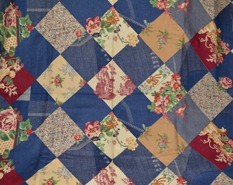 Vintage novelty fabric cheater quilt 70s Shabby Chic hippie fabric by the yard patchwork faux denim blue novelty toile floral Boho