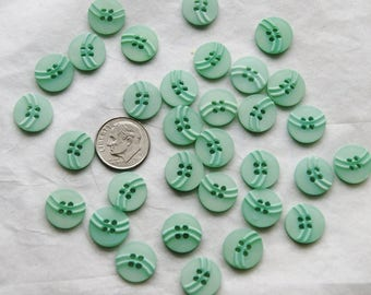 30 Matching Buttons,Sea Foam  Mint Green Button Mix, Crafting Jewelry Collect (F 38)