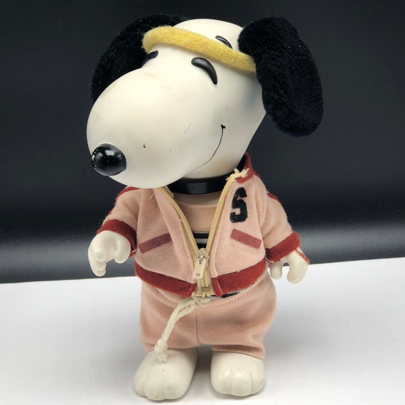 1966 SNOOPY DOLL FIGURE United Feature Syndicate Vintage Toy