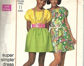 Simplicity 7271    Junior Petite Dress in Two Lengths      Size 5jp      C1967