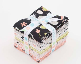 Cat Fabric Fat Quarters, Meow Fat Quarter Bundle, Riley Blake FQ Bundle