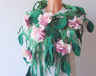 Felt scarf belt  net  Green leaves Pink blossoms Flowers