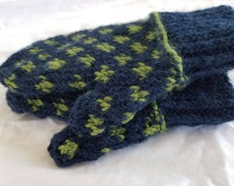 Toddler boy mittens - navy and olive