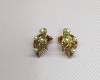 Vintage Leaf and Pearls Classy Clip-On Earrings