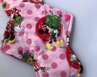 "10.25"" Minnie  Mouse  In garden on cotton pad (regular)"