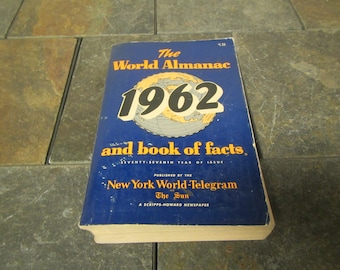 1962 The WORLD ALMANAC and Book of Facts * Published by New York World-Telegram