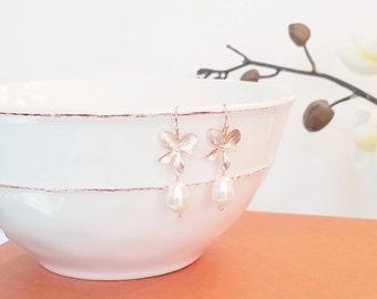 Rose Gold Earrings, Pearl Earrings, Orchid Earrings, Flower earrings, Wedding, Bridesmaid gifts, Mother, Sister, Wife, Bridesmaid Gift