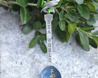 Souvenir Spoon/Ornament/Sea World/Shark/Vintage Ornament/Vintage Spoon