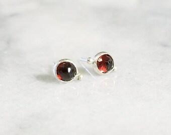 Deep red garnet sterling silver sister stud earrings