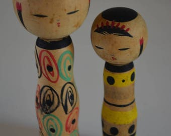 Pair of kokeshi dolls, small, vintage Japanese #25