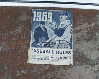 Vintage 1969 Baseball Rulebook Commissioner of Baseball LITHO