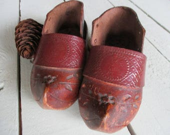 Primitive childrens clogs.Rustic clogs.French clogs.Primitive art.French heritage.Traditional footware.Elf boots.Ideal gift.Cottage chic