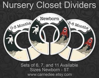 Astronaut & Rocketship Baby Clothes Dividers, Nursery Closet Dividers, Baby Boy Shower Gift, Space Moon Spaceman Nursery Decor