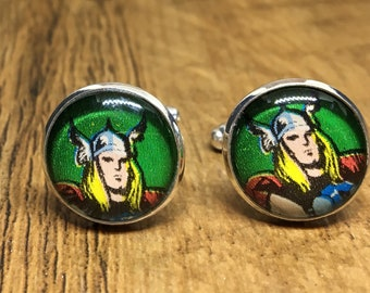 Cufflinks in silver plate inlaid with retro superhero comic design with glass dome (18mm)