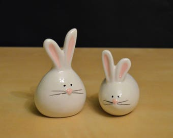 Bunny Salt and Pepper Shaker Set by TAG, Egg-Shaped White Rabbits with Pink Ears and Whiskers, NIB, Adorable!