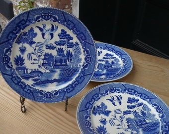 3 Blue Willow Dinner Plates , Japan , 9 inch