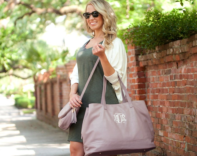 Monogrammed Weekender Bag, Cambridge Travel Bag, Monogrammed Weekend Bag, Bridesmaid Gifts, Christmas Gifts, Gifts for Her