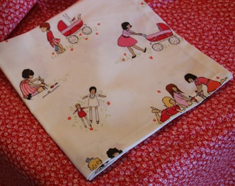 Tea Party Tablecloth with 4 Napkins
