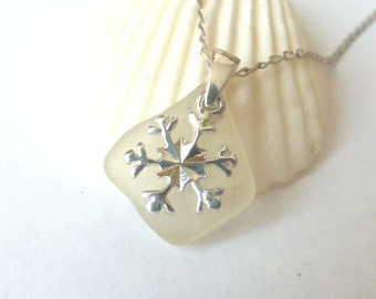 Sea Glass Pendant, Snowflake Necklace, Christmas Jewelry, Seaglass Jewellery, Sterling Silver, Snow Flake, Snowflake Charm, Her Gift PE16022