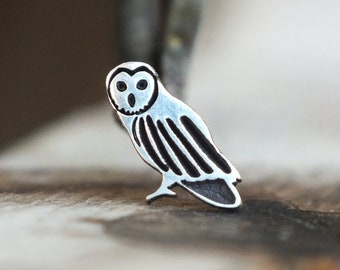 Silver Owl Conch Earring | Cartilage Earring | Tragus Jewelry | Tragus Piercing | Helix Piercing | Cartilage Stud | Tragus Stud Earring