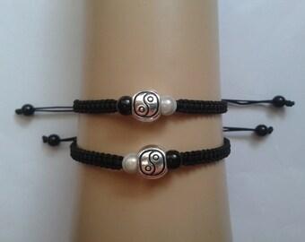 Couples yin yang bracelets - tai chi bracelet - his and hers jewelry - couples jewelry - yin yang jewelry - monochrome jewelry - yin yang