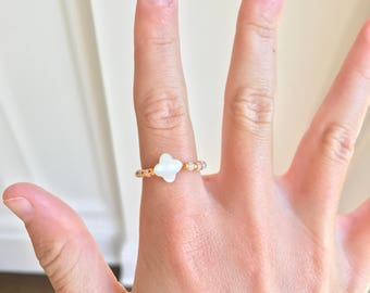 Gold and white clover ring!