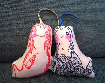 Little Mermaid Dolls: mermaid and evil mermaid
