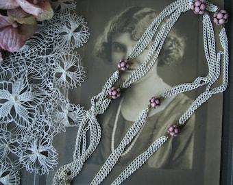 Vintage Retro Pink Rhinestone Beaded White Enamel Chain Necklace, Vintage Long Pink Rinestone Bead Necklace, White Enamel Chain Necklace