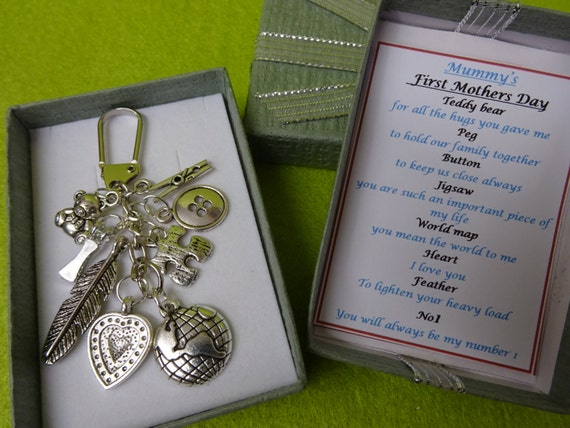 Mummys first mothers day meaningful key ring charm keepsake gift mummys first mothers day meaningful key ring charm keepsake gift box bear heart peg button jigsaw world map feather no1 pink blue insert from gumiabroncs Image collections