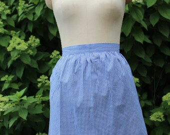 Vintage apron, wonderful gingham!