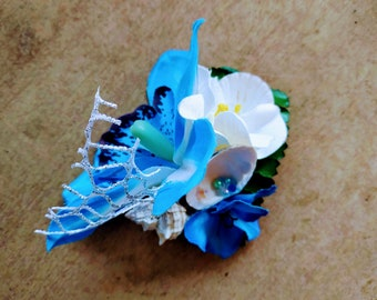 Blue white flower hair clip tropical hawaiian rockabilly hairpiece mermaid seashell summer beach exotic fascinator shell headpiece 50s pin