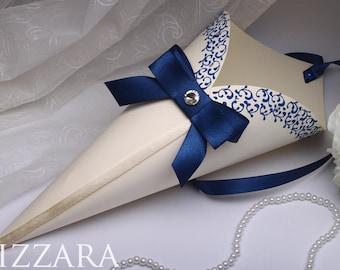 10 Confetti cones Wedding Paper Cone wedding Royal Red Wedding Confetti Ceremony Wedding Holders set wedding ideas Confetti Holders cones
