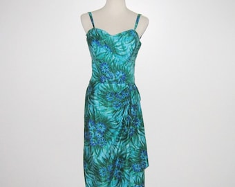 Vintage 1950s 60s Sarong Dress / 50s Hawaiian Sarong Dress / 50s Hawaiian Floral Sarong Dress In Blue & Green By Muriel Original - Size S, M