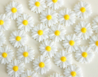 White Daisy Fridge Magnet, Strong Magnets, Flower Magnets, White and Yellow Daisy Magnet, Decorative Magnet, Rare Earth Magnet, Daisy Gifts