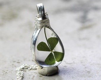 Clover Necklace - Lucky Clover Pendant - Four Leaf Clover Jewelry - Soldered Glass Pendant - St Patrick's Day Gift