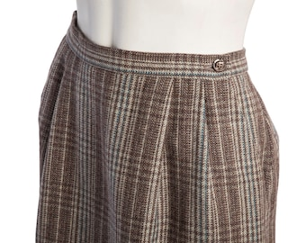 Vintage A-line plaid skirt -- wool pencil skirt -- vintage plaid midi skirt -- size small / medium