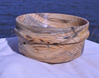 Gorgeous wood grain, hand spun, reclaimed wooden bowl