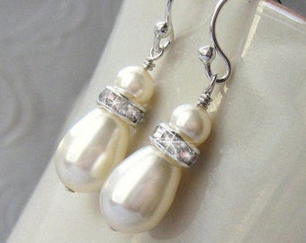 Classic Pearl Bridal Earrings, White or Ivory Pearl Teardrop Earrings For the Bride, Mother of the Bride, Bridal Jewelry, Wedding Jewelry