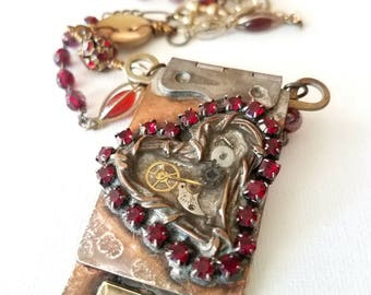 HEART Hinge Necklace
