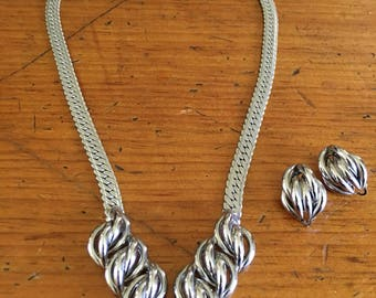 Mid Century chrome necklace and earring set vtg ex modernist silver toned