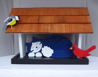 Sleeping Cat Bird Feeder, Blue & White
