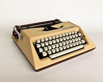 Vintage Portable Typewriter / Rare Unis Maxima 24 Typewriter / 80's Yugoslavia / Cream Beige & Brown