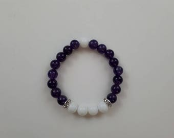 High quality vegan, ethical, handmade gemstone bracelet. Beads; amethyst and alabaster with silver accents.