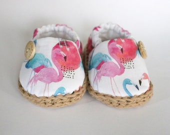 Flamingo baby shoes / Crib shoes / baby booties / baby espadrilles / newborn shoes / soft sole shoes / baby gift / baby loafers