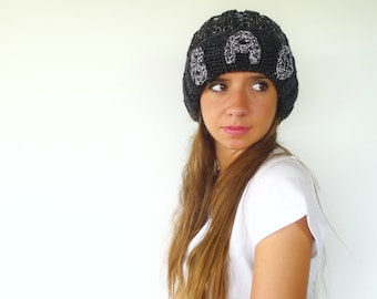 Black custom knitted hat with brim. Monogram knit hat. Winter beanie hat. Womens knitted hat. Gift idea for her // Unique handmade hats